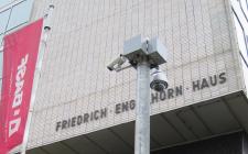 Termovizní kamery FLIR řady SR byly umístěny na strategických místech po celém obvodu továrny