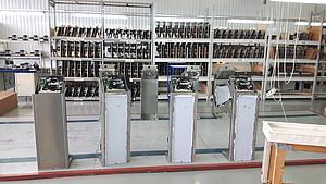 Další z etap výroby turniketů v továrně PERCo