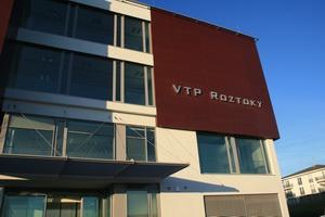 Vědeckotechnický park Roztoky se nachází v blízkosti Prahy