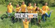 ABBAS jezdí v květnu do práce na kole